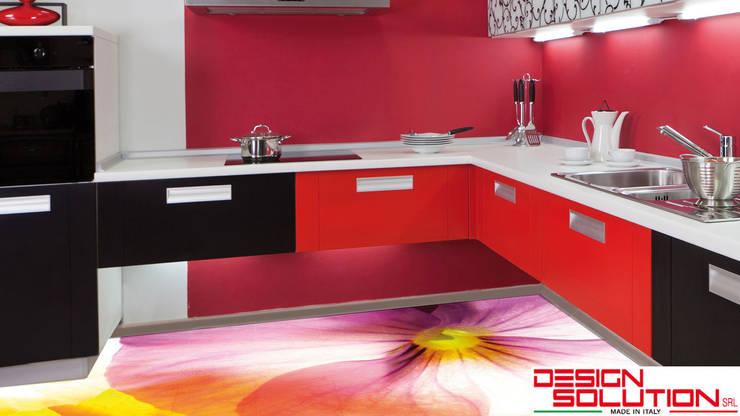 WALL & FLOOR PANELS: Pareti & Pavimenti in stile in stile Eclettico di Design Solution Srl