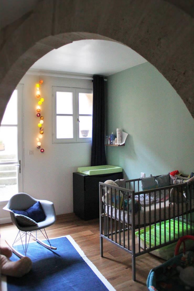 Chambre: Chambre d'enfant de style  par BIENSÜR Architecture