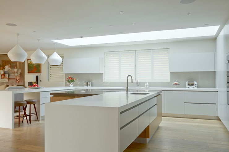 Kitchen shutters: minimalistic Kitchen by The New England Shutter Company