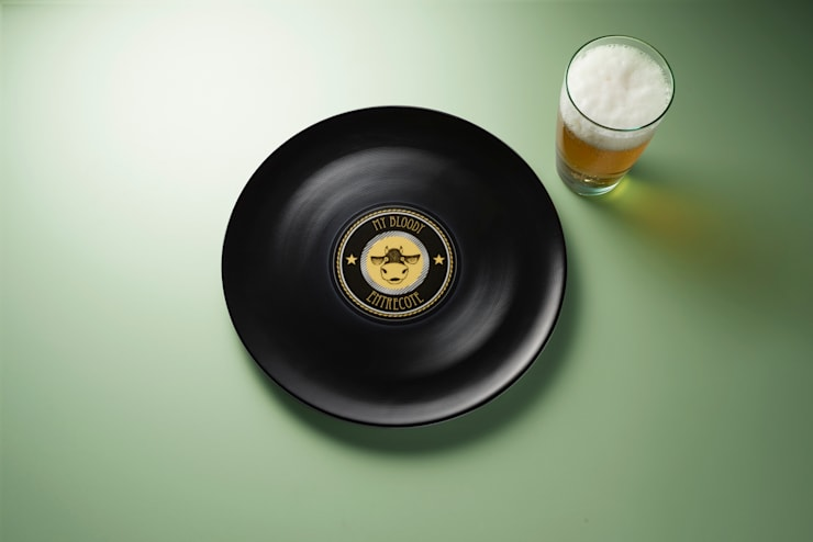 Longplate – Porcelane plate 28 cm: Cucina in stile  di Mamado srl