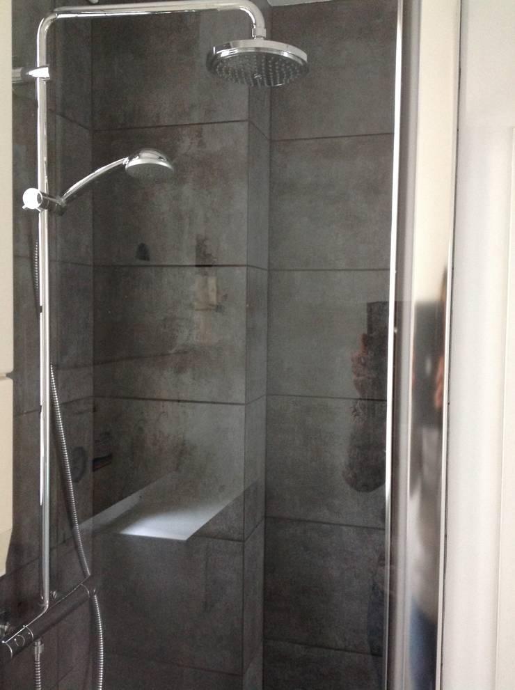 Salle de bain après:  de style  par Decorexpat