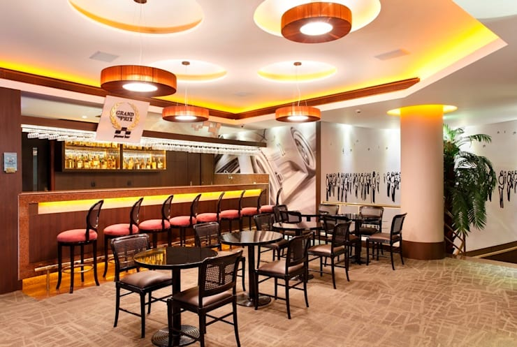 Hotel Novo Mundo – Bar Grand Prix: Hotéis  por DG Arquitetura + Design