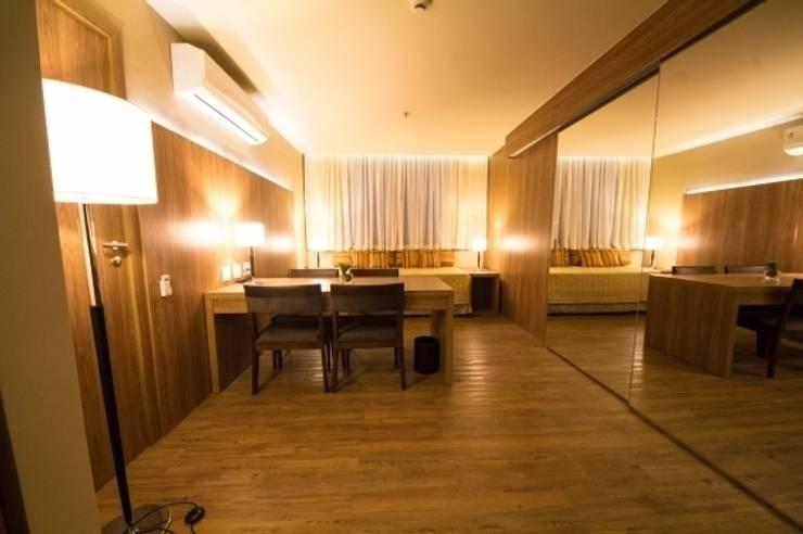Hotel Novo Mundo – Suíte: Hotéis  por DG Arquitetura + Design