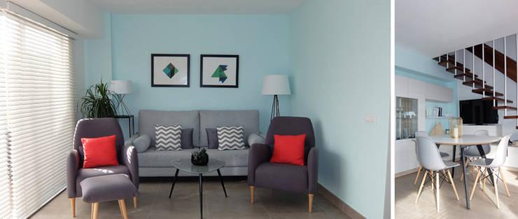 Diseño y reforma integral apartamento dúplex en El Perelló, Valencia: Salones de estilo  de PEANUT DESIGN STUDIO