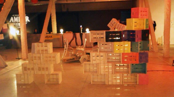 Instalación efímera para el evento del V aniversario de Fashionalistas: Museos de estilo  de PEANUT DESIGN STUDIO