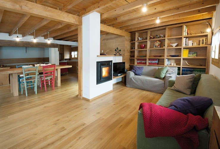 Maisons de style  par Parchettificio Garbelotto Srl -  Master Floor Srl