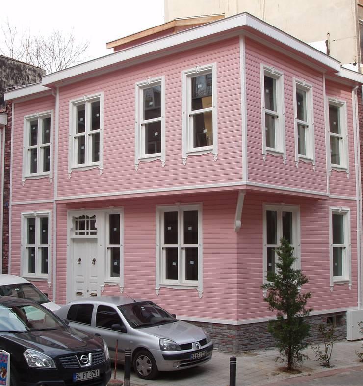Öztek Mimarlık Restorasyon İnşaat Mühendislik – Kadıköy Evleri:  tarz Yeme & İçme, Rustik