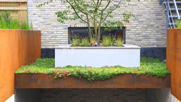 Villatuin Rotterdam:  Tuin door ERIK VAN GELDER | Devoted to Garden Design
