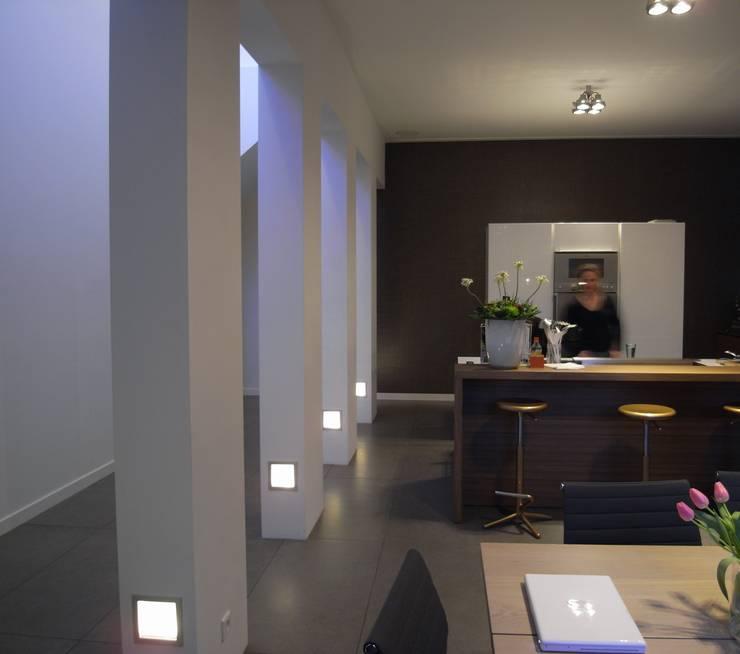 Keuken: moderne Keuken door TenBrasWestinga ARCHITECTUUR / INTERIEUR en STEDENBOUW