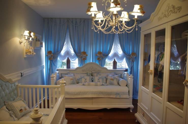 Lacote Design – Özel sipariş klasik erkek bebek odası tasarımı:  tarz Çocuk Odası
