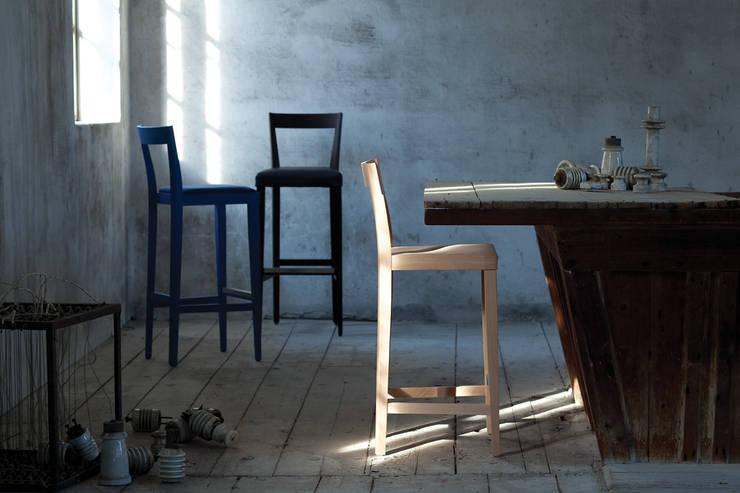 LIVIO: Sala da pranzo in stile  di l'abbate