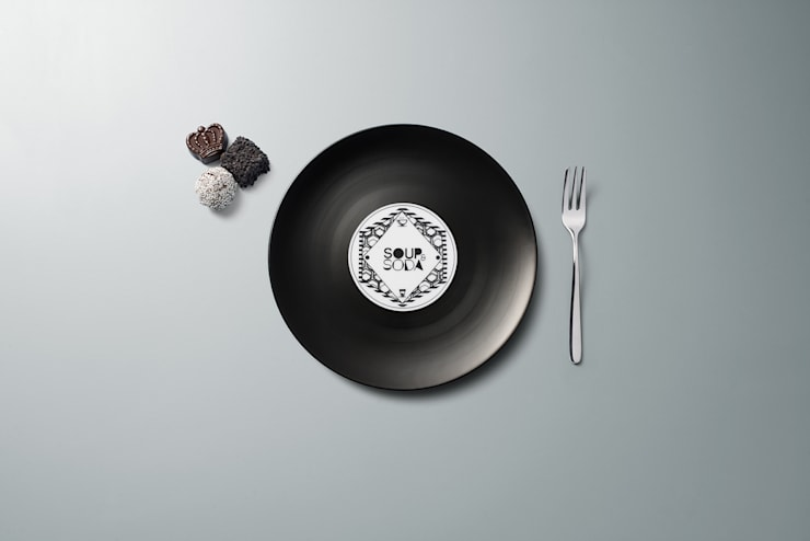 Longplate - Porcelane plate 21 cm: Cucina in stile  di Mamado srl