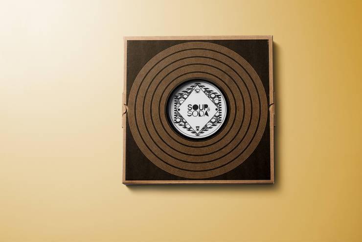 pack Longplate 21 cm & 28 cm: Cucina in stile  di Mamado srl,