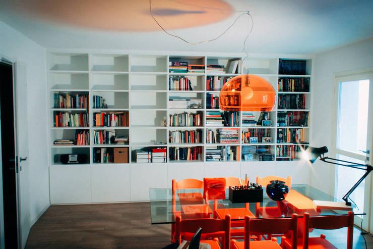 Milano - San Siro, Studio: Case in stile  di Davide Mori Studio Architettura e Design, Moderno