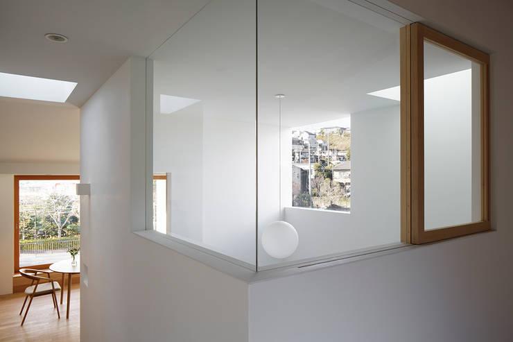 吹抜: 内田雄介設計室 が手掛けた家です。