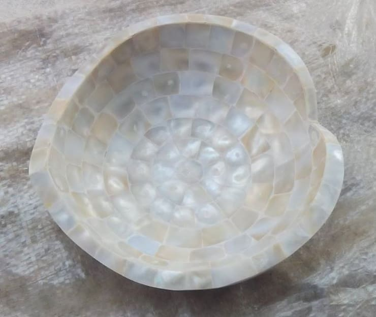 Mother Of Pearl Basin:  Bathroom by Stonesmiths - Redefining Stone-Age
