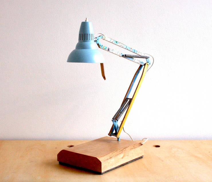 Skatelamps - Skateboardlampen:  Arbeitszimmer von Colourform