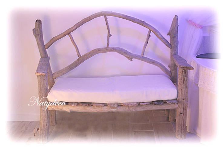 canapé en bois flotté: Maison de style  par Natydeco