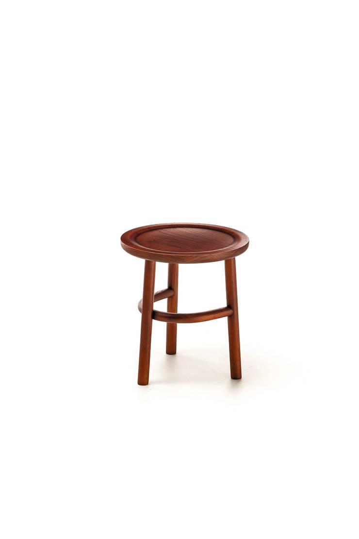 Unam by Sebastian Herkner:  in stile  di very wood, Eclettico