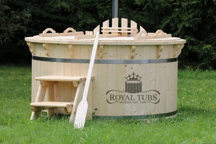 Wooden Hot Tubs:  Spa by Royal Tubs