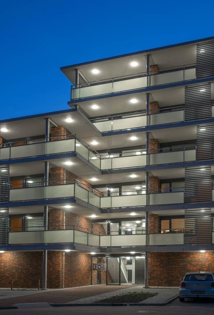 Notenhof, Barendrecht:   door Steenhuis Bukman Architecten