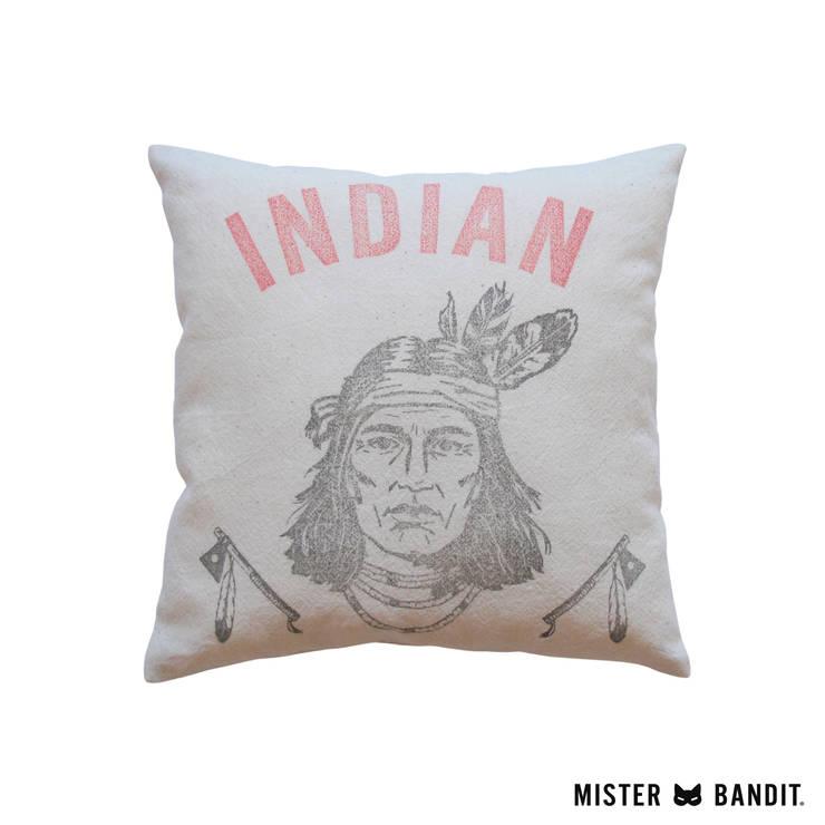 coussin Indian: Chambre d'enfants de style  par Mister Bandit