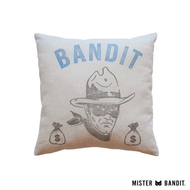 coussin Bandit: Chambre d'enfants de style  par Mister Bandit
