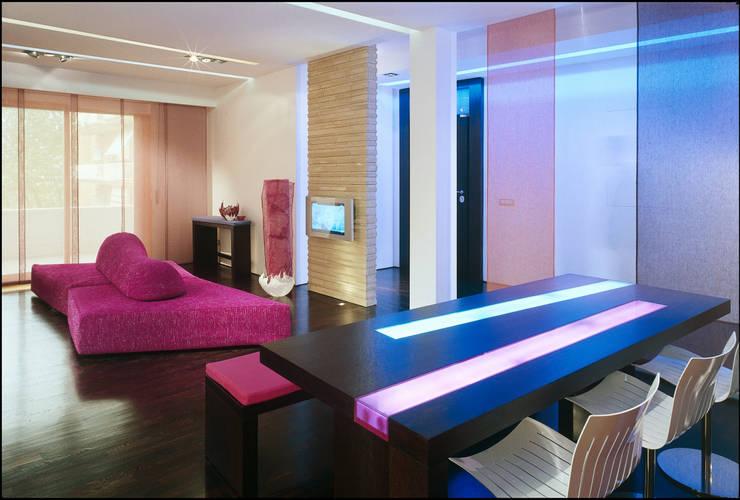 pink house: Case in stile  di Filippo Bombace , Moderno