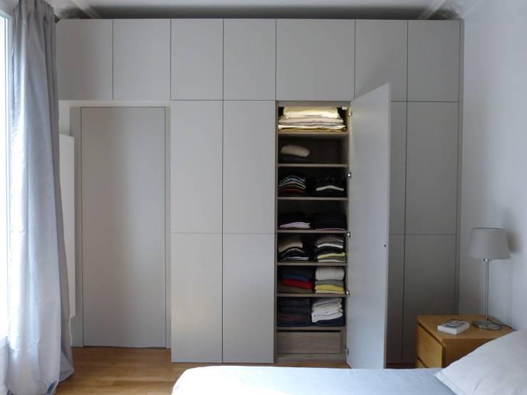 Création d'une suite parentale : Maisons de style  par Lou RIOS Architecte