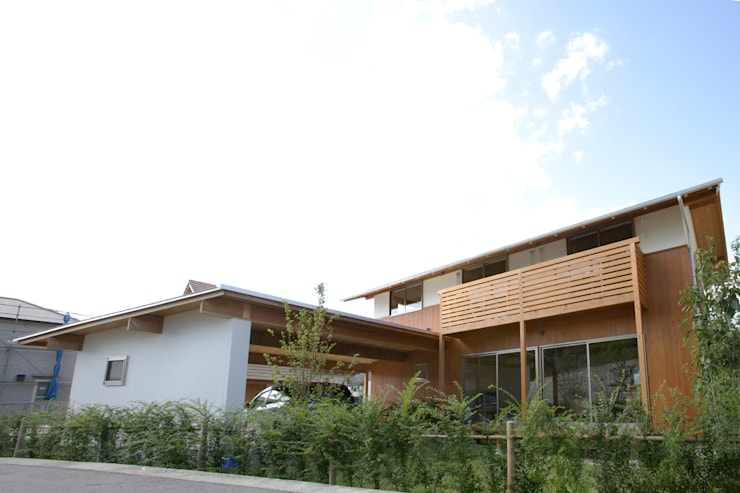 南側外観: 三宅和彦/ミヤケ設計事務所が手掛けた家です。,