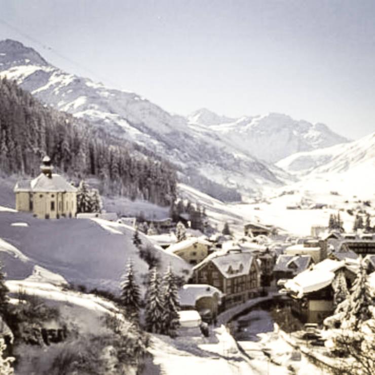 CHALET SWISS ANDERMATT: Hotel in stile  di Masseria Alchimia,