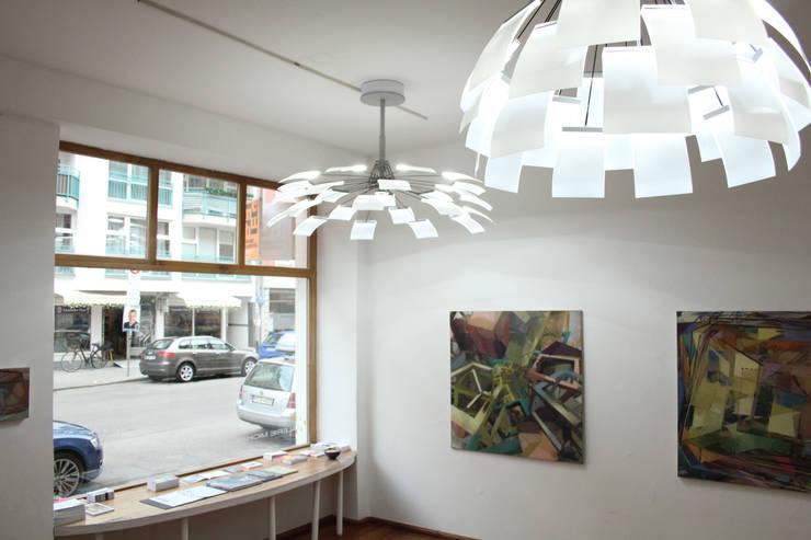 Kronleuchter Für Den Flur ~ Kronleuchter lc von neonwhite design und studio denise m