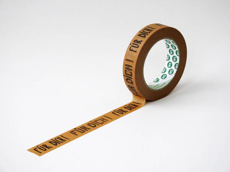"""Papierklebeband """"Für dich!"""": moderne Arbeitszimmer von mimifaktur"""