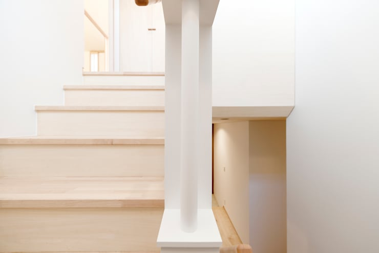 階段縦手摺: アトリエ FUDOが手掛けた家です。