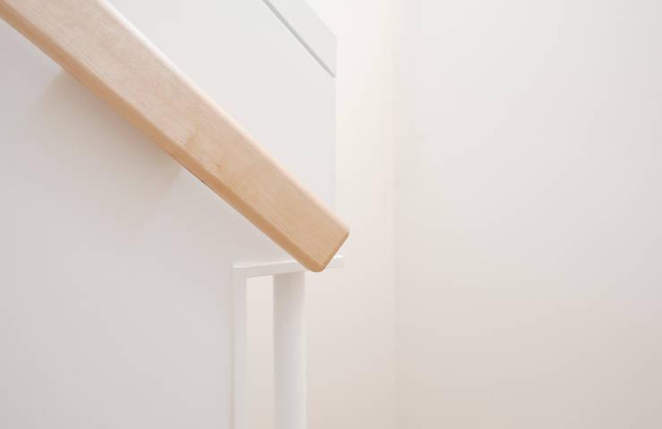 階段手摺: アトリエ FUDOが手掛けた家です。