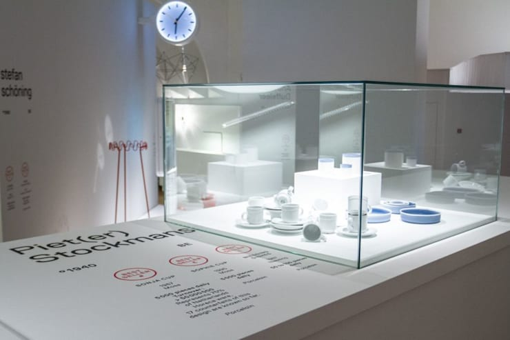 The Power of Objects:  Exhibitieruimten door VENLET INTERIOR ARCHITECTURE