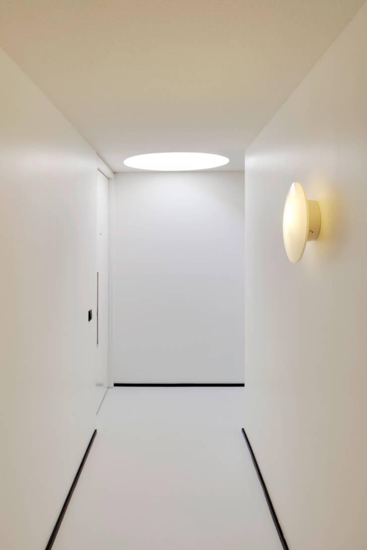The Post:  Gang en hal door Wiel Arets Architects