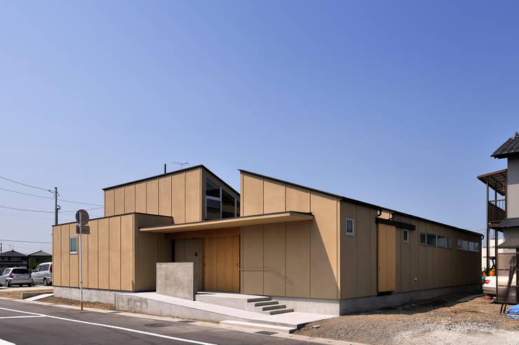 稲沢の家: 彦坂昌宏建築設計事務所が手掛けた家です。