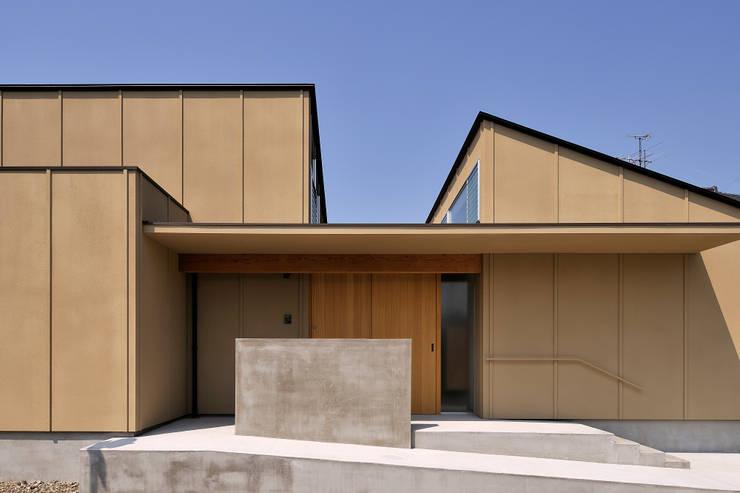稲沢の家: 彦坂昌宏建築設計事務所が手掛けた家です。,モダン