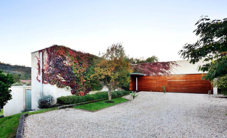 Casas  por Hoz Fontan Arquitectos