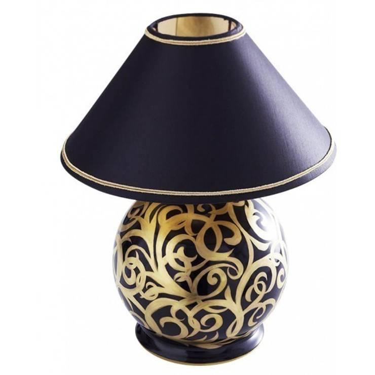 Lampe boule: Maison de style  par Maison Laure Sélignac