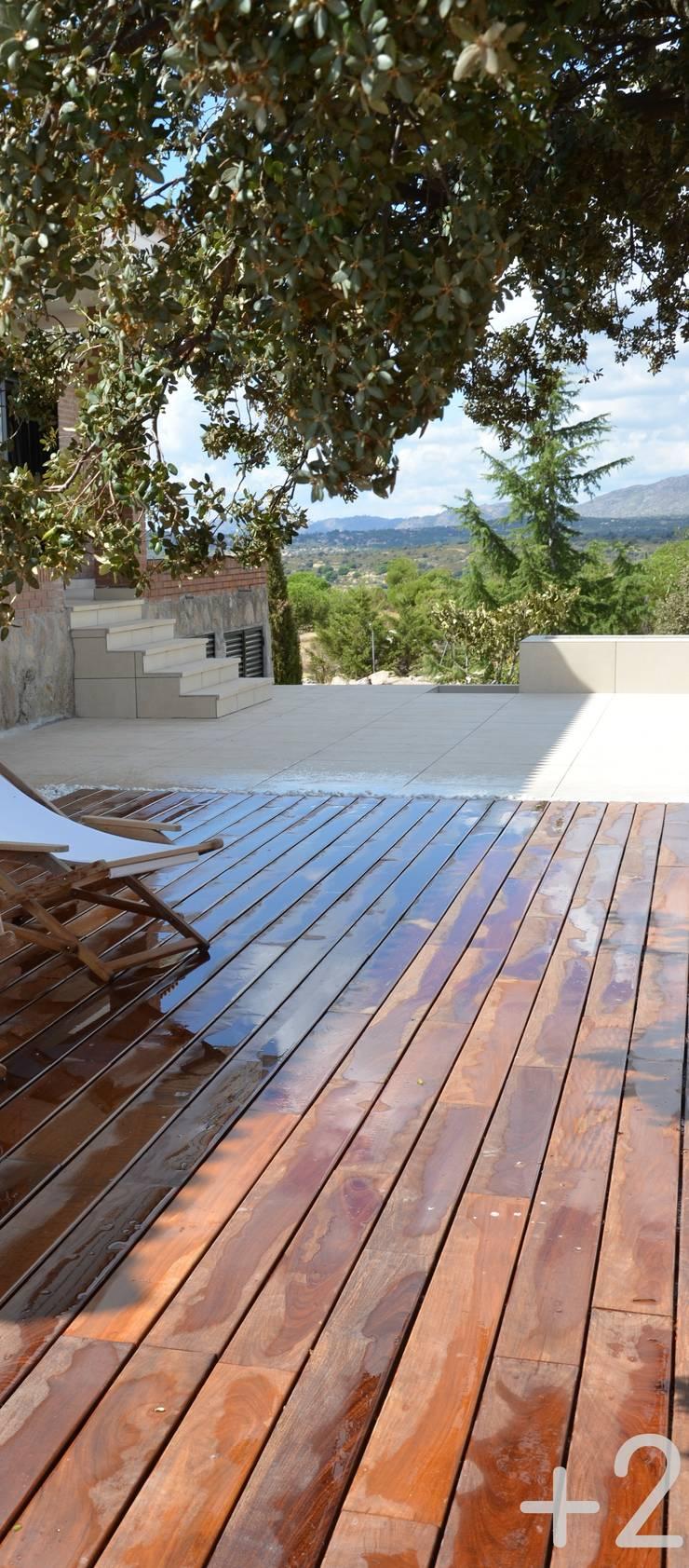 #unifamiliarVALDEMORILLO: Terrazas de estilo  de +2