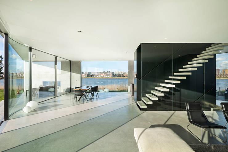 Villa Kavel 01:  Huizen door Studioninedots