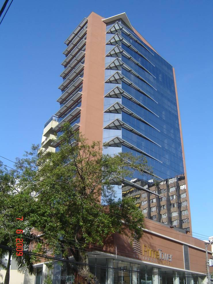 Prime Tower Business Center:   por Espaço Livre Arquitetura