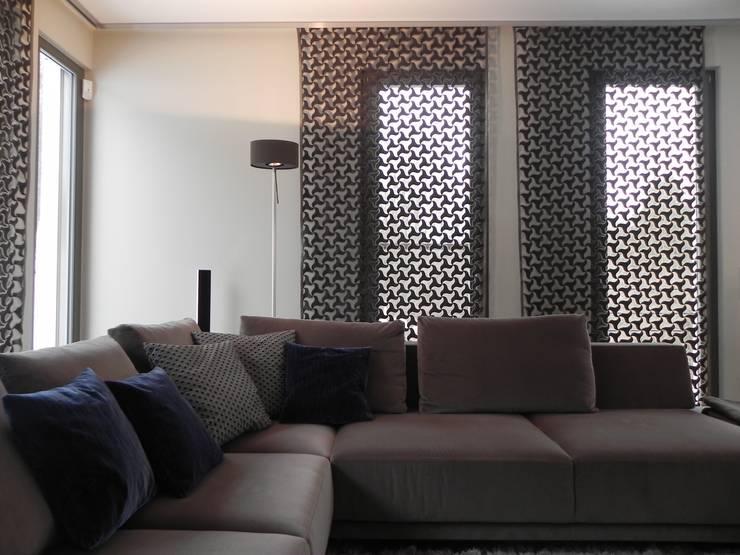 Werkstätten für Raumgestaltung: moderne Wohnzimmer von WR GmbH Werkstätten für Raumgestaltung