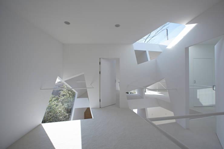 Villa Kanousan: Yuusuke Karasawa Architectsが手掛けた家です。