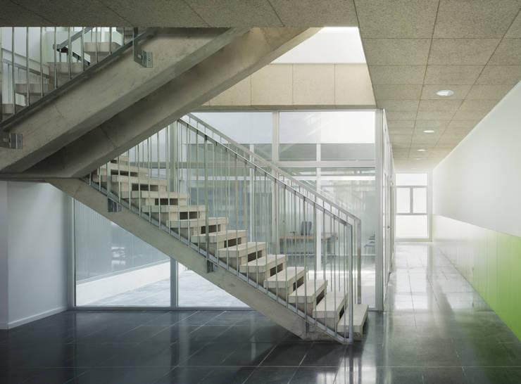 Planta de oficinas: Casas de estilo  de Espegel-Fisac architects