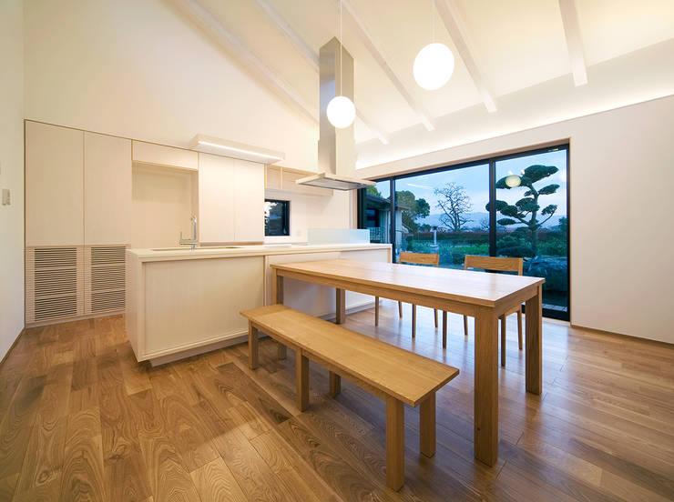 環境と共生する「大刀洗の家」: 梶垣建築事務所が手掛けたです。