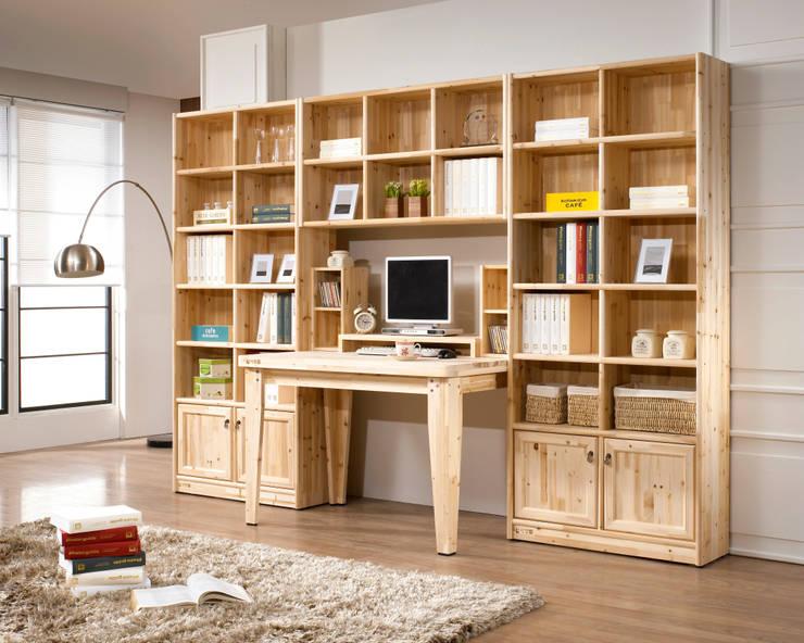 삼나무 원목 시스템 책상: 심서방가구의  서재/사무실