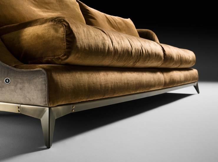 Canapé BRANDO: Salon de style  par CMC-CONCEPT